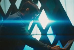 star-trek-beyond-trailer-screengrab-10
